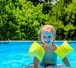 camping avec piscine pour enfants à mauléon